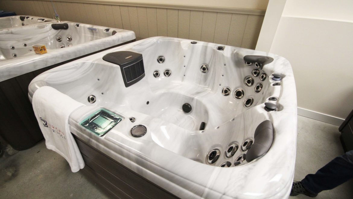 American Whirlpool Hot Tub Model 461